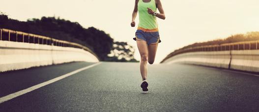 初めてのマラソンは5時間切りを目指す
