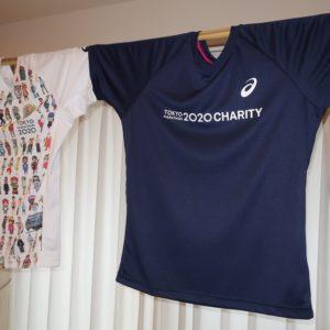 東京マラソンTシャツとチャリティランナーTシャツ